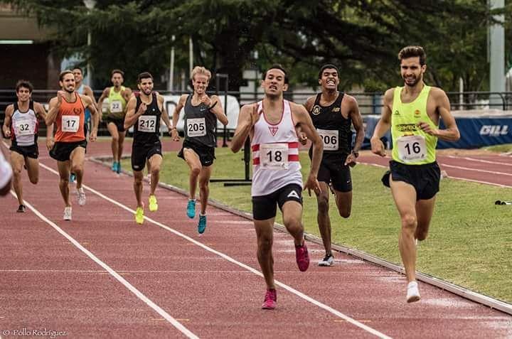 800 atletismo Uruguay