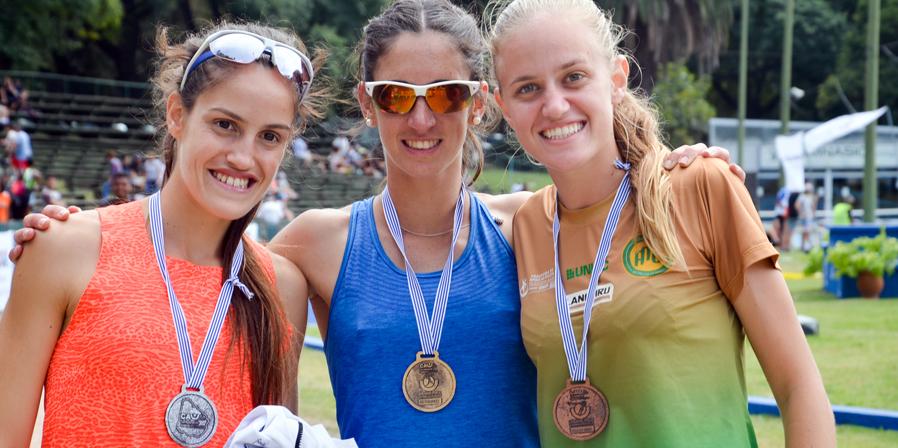 Oro de Pía Fernández en 800, doblete para ella en los Grand Prix en Uruguay